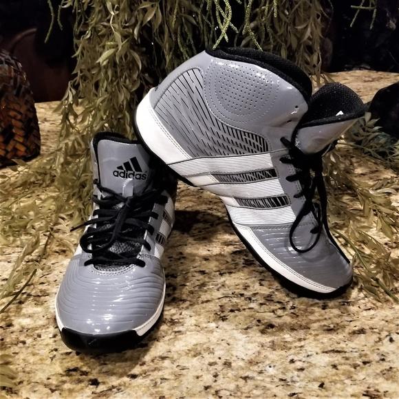 ADIDAS Commander TD 4 GreyWhite Basketball Shoes
